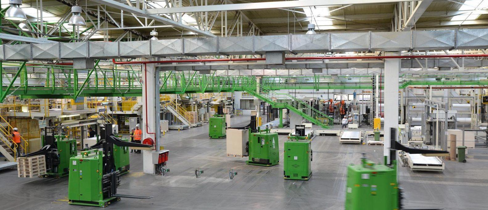solving-italia-tecnologia-a-cuscino-d-aria-soluzioni-innovative-AGV-movimentazione-automatica-carichi-pesanti-ingombranti-voluminosi-per-industria-cartaria-grafica-Automated-paper-handling-air-cushion-Solving-Mover-impianti-di-automazione-per-processi-industriali-sollevamento-e-movimentazione-sicura-pulita-flessibile-precisa-programmata-sincronizzata-continuata-e-ripetitiva-cartulinas-CMPC