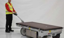 sistema di movimentazione carichi pesanti con carrelli di movimentazione solving